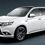 【新型ミツビシ・アウトランダ―・PHEV】マイナーチェンジで燃費・価格は?充電や走行距離は?